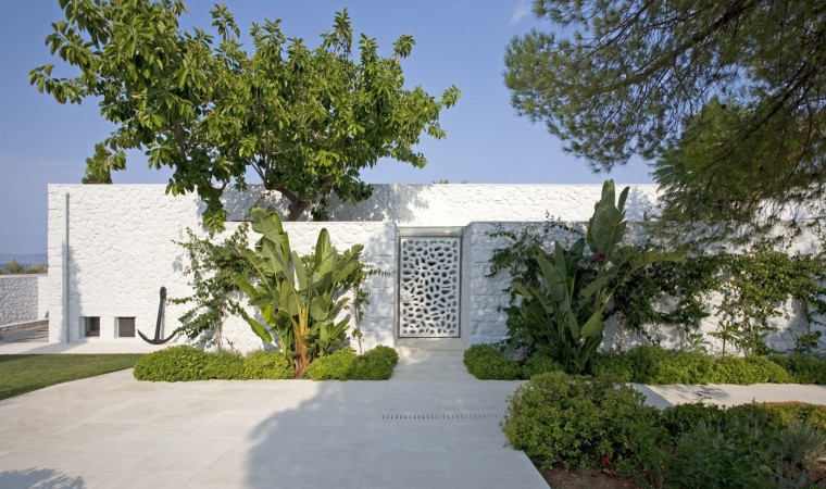 001_Divercity_House-in-Spetses_Cathy-Cunliffe_1400x829 (1)