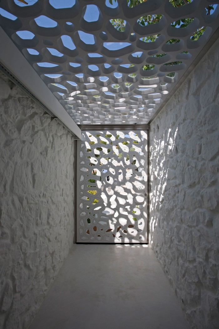 004_Divercity_House-in-Spetses_Cathy-Cunliffe_web-700x1050