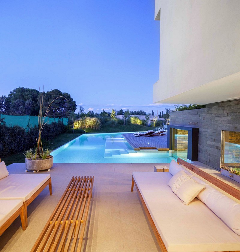 ramp-house-andres-remy-arquitectos-31