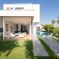 LB House by Shachar- Rozenfeld Architects