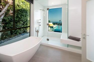 07-Abramson-Teiger-Architects-Glenhaven-Residence-Bathroom