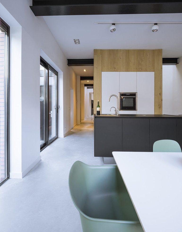 Loft-EVA-architecten-04-kitchen-1008x1280