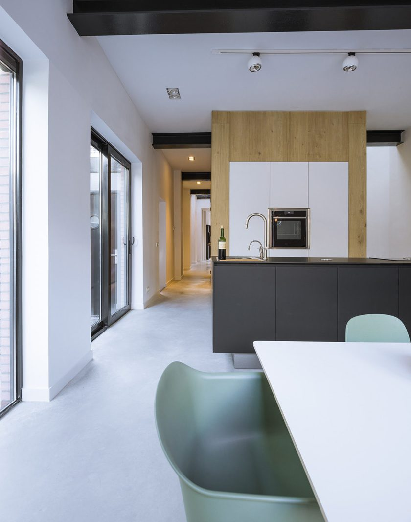 Loft-EVA-architecten-04-kitchen-1008x1280