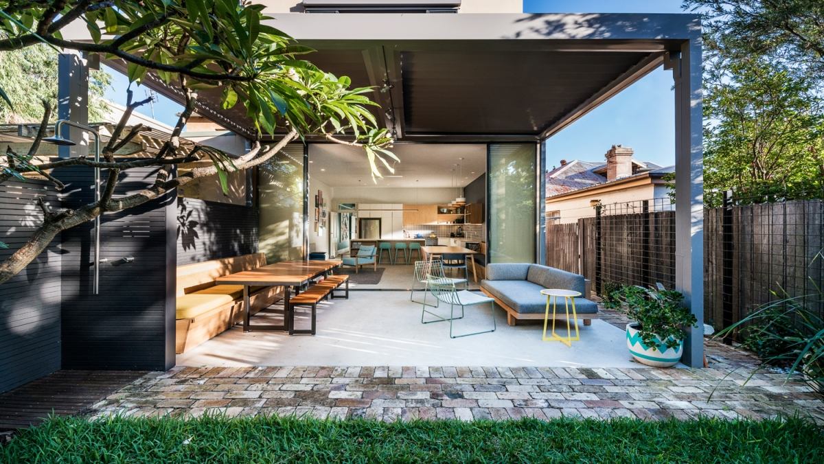 Arcadia Street, Coogee Residence by Luchetti KrelleArchitects