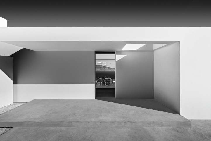 SILVER_HOUSE_11