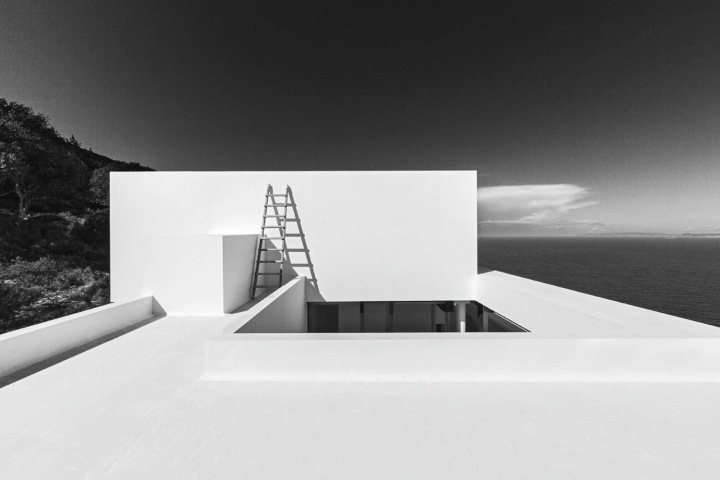 SILVER_HOUSE_13