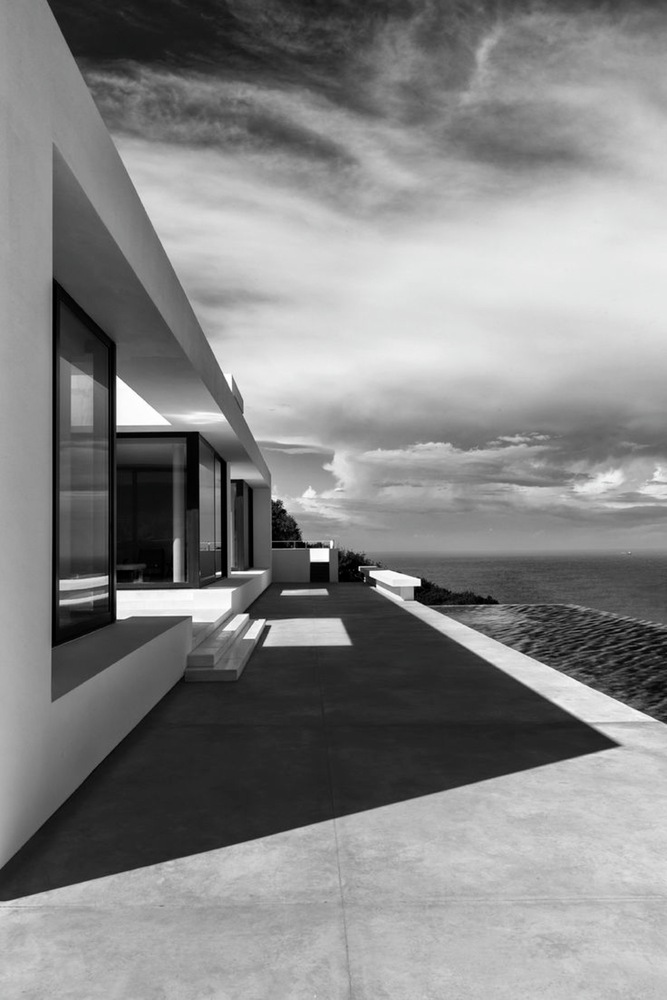 SILVER_HOUSE_26