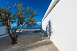 SILVER_HOUSE_3