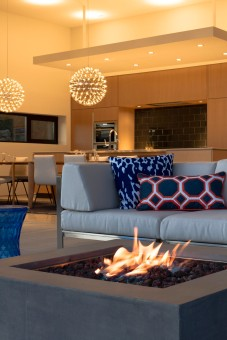 _Sparano+Mooney_Park+City+House_exterior+fireplace