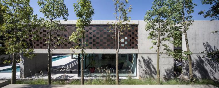 the-corten-house-05