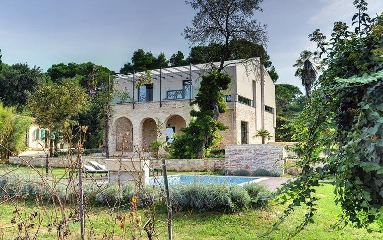 Villa Martinuzzi_ Croatia_ TOBIS_07