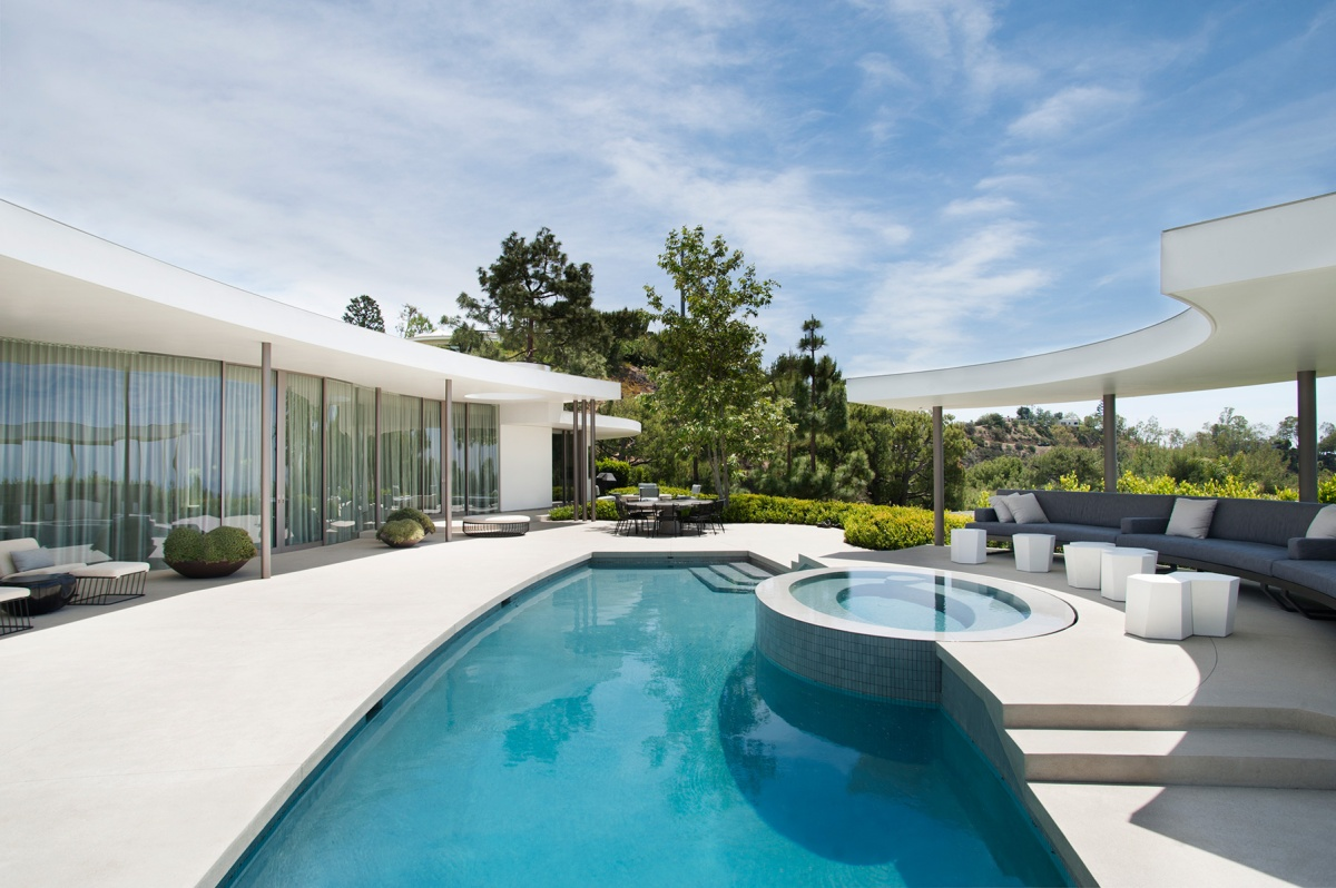 Trousdale Estates Contemporary Home by Dennis GibbensArchitects