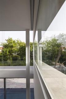 concrete-cut025