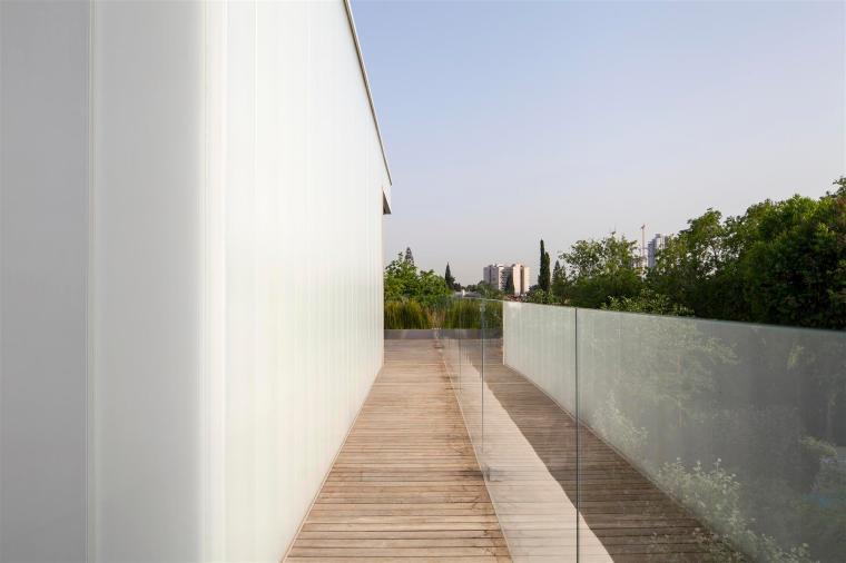 concrete-cut028