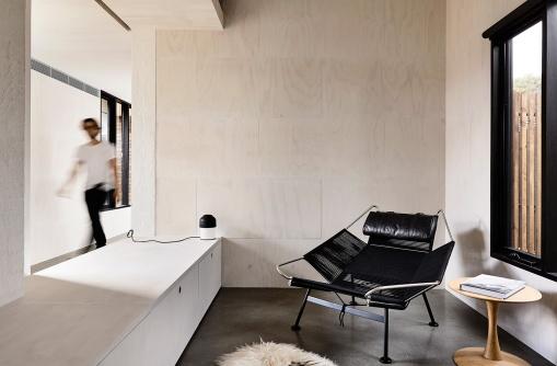 Courtyard-Cottage-Flinders-Wolveridge-Architects-Award-Winning-Sustainable-Residential-Architecture-JWA-Flinders19