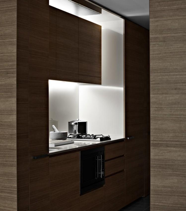 Koichi-Takada-Architect_V-by-Crown_0.8-768x0-c-default