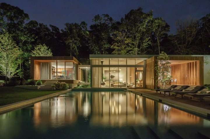 Old Orchard House by Blaze Makoid Architecture 25