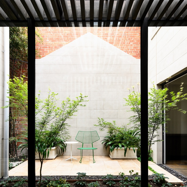 Wolveridge-Architects-East-Melbourne-Heritage-Victorian-Terrace-House-Conversion-Renovation-Townhouse-Development-Courtyard-Award-Winning-06