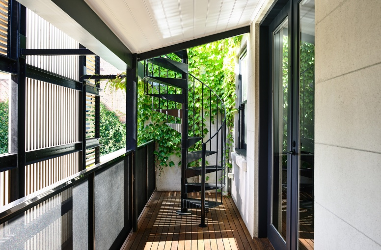 Wolveridge-Architects-East-Melbourne-Heritage-Victorian-Terrace-House-Conversion-Renovation-Townhouse-Development-Courtyard-Award-Winning-10