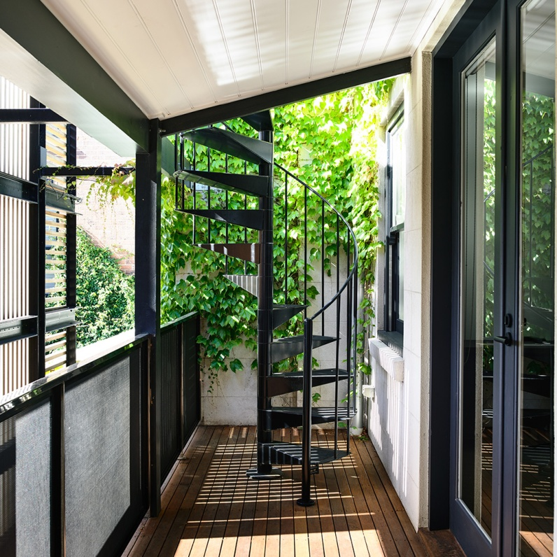 Wolveridge-Architects-East-Melbourne-Heritage-Victorian-Terrace-House-Conversion-Renovation-Townhouse-Development-Courtyard-Award-Winning-10