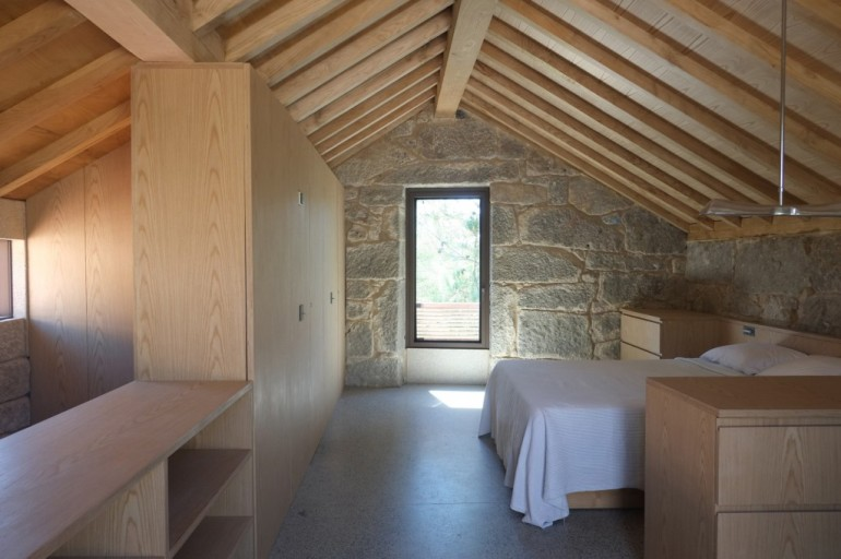 Camino-de-playa-jamie-fobert-architects-galicia-house21-1024x682