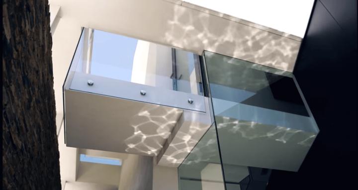 123dv-cool-blue-villa-water-sunlight-reflections