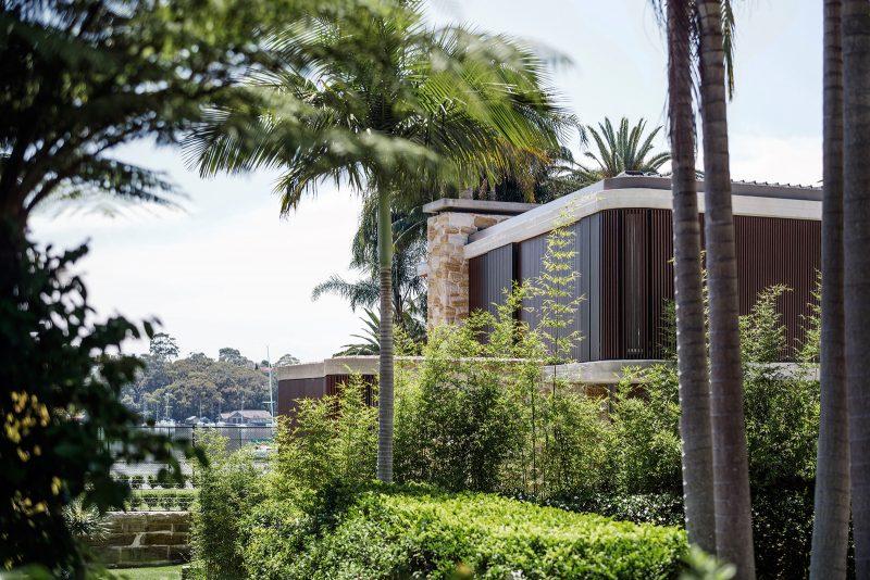 luigi-rosselli-architects-sticks-and-stones-house-008-800x534