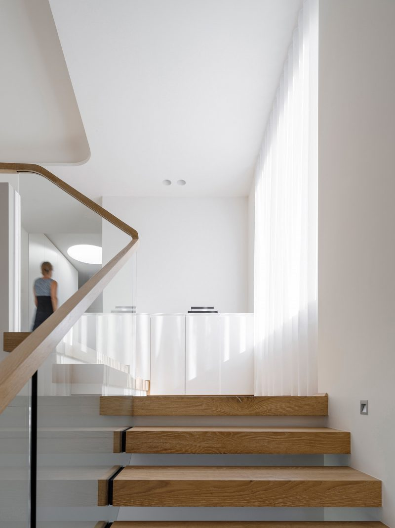 luigi-rosselli-architects-sticks-and-stones-house-020-800x1067