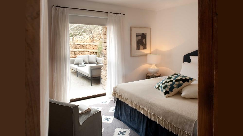 main-house-bedroom-1