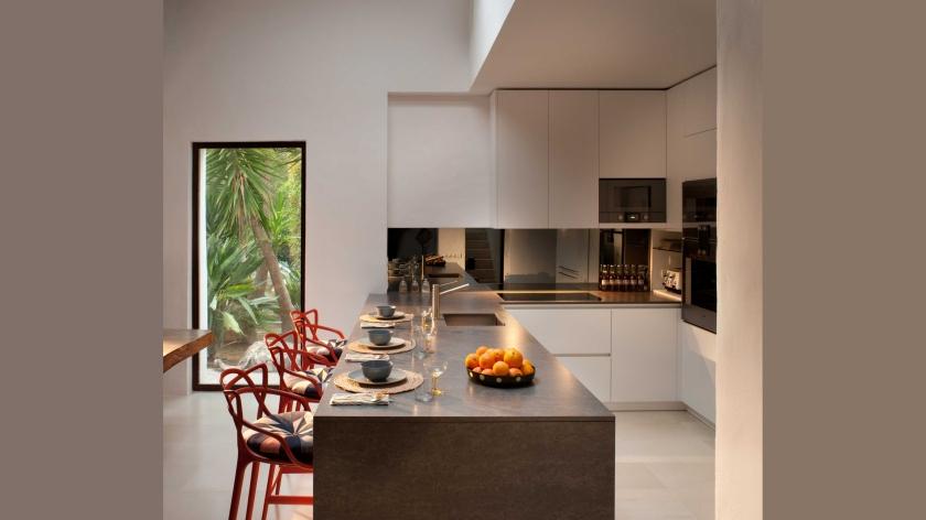 main-house-kitchen-2