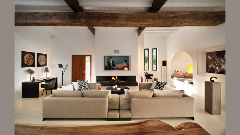 main-house-living-room-5
