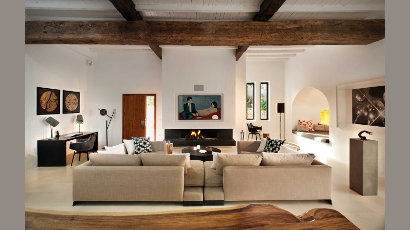 main-house-living-room-5
