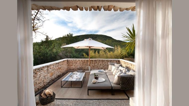 main-house-master-terrace1