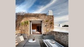 main-house-master-terrace2