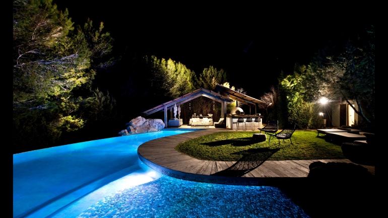 pool-house-2