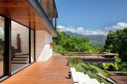 casa-portobello-05-vista-escada-balanço-externa-lateral-tripper-arquitetura