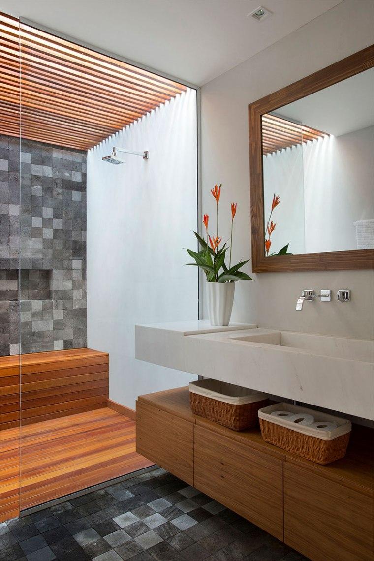 casa-portobello-26-vista-interna-banheiro-interior-madeira-decoração-tripper-arquitetura