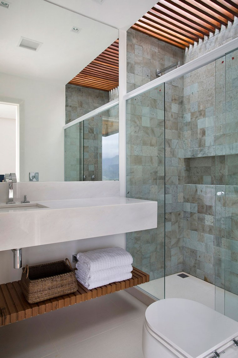 casa-portobello-28-vista-interna-banheiro-interior-madeira-decoração-tripper-arquitetura
