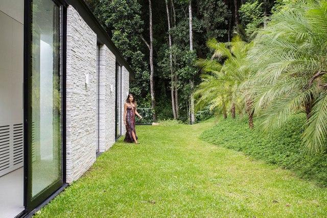 casa-portobello-30-vista-externa-jardim-tripper-arquitetura