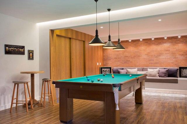 casa-portobello-36-vista-interna-salão-jogos-sinuca-decoração-tripper-arquitetura