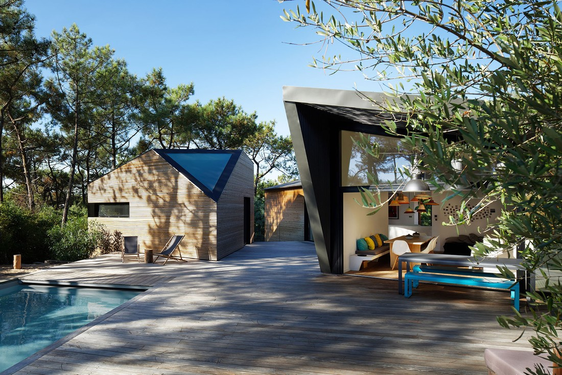 Holiday house in Cap Ferret by Atelier duPont