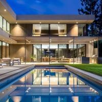 East Channel by Marmol Radziner Architecture