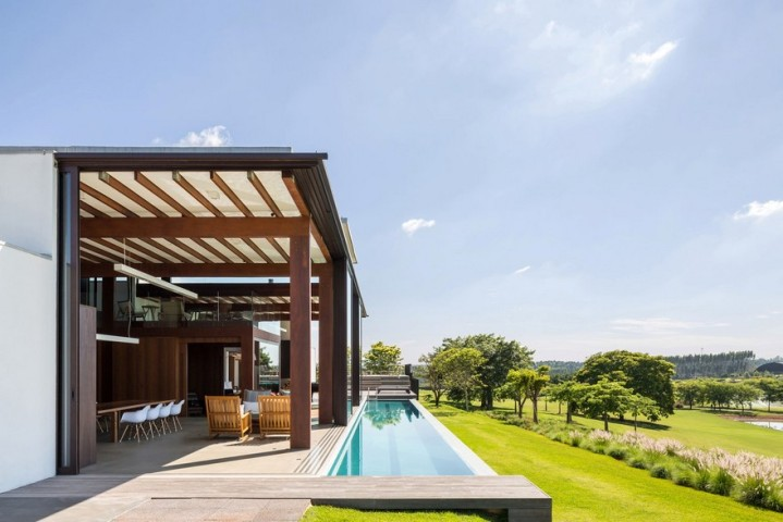 ACP House by Candida Tabet Arquitetura01