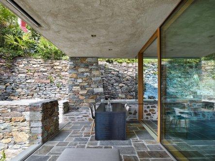 Lake house in Ascona by Wespi de Meuron Romeo architects 08