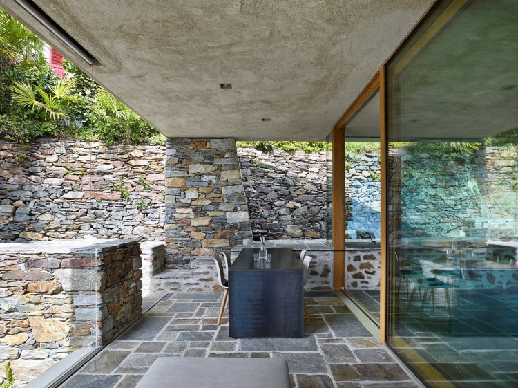 Lake house in Ascona by Wespi de Meuron Romeo architects 08