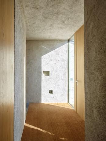 Lake house in Ascona by Wespi de Meuron Romeo architects 10