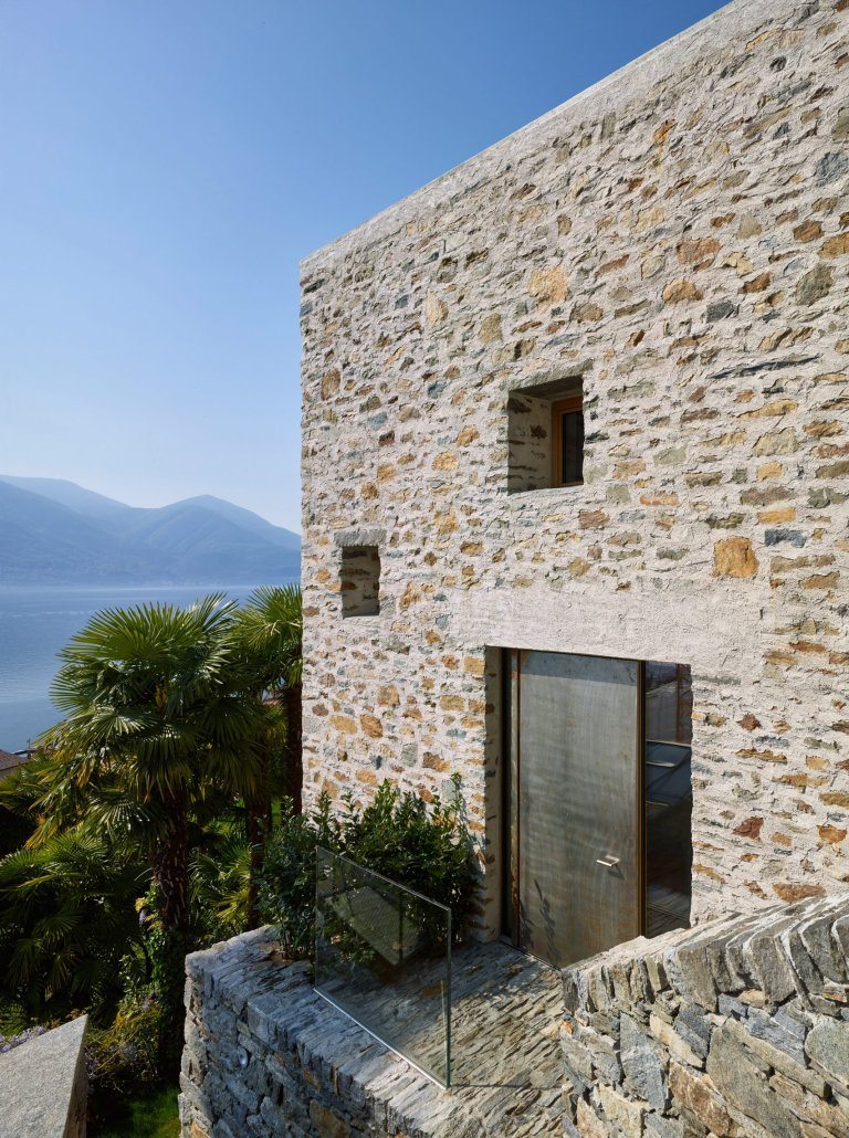 Lake house in ascona by wespi de meuron romeo architects for Modern stone houses architecture