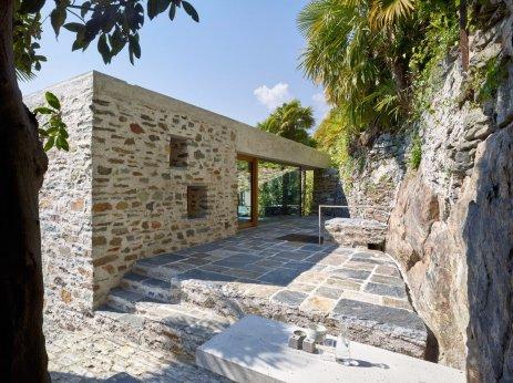 Lake house in Ascona by Wespi de Meuron Romeo architects 13