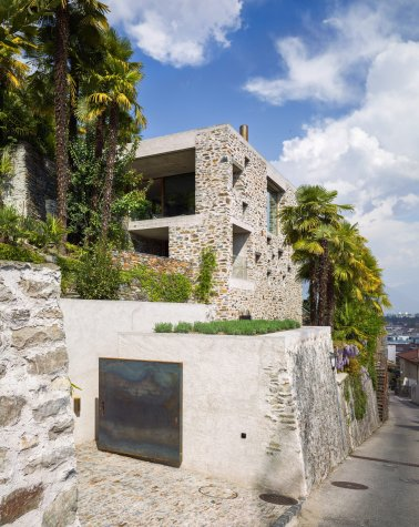 Lake house in Ascona by Wespi de Meuron Romeo architects 16