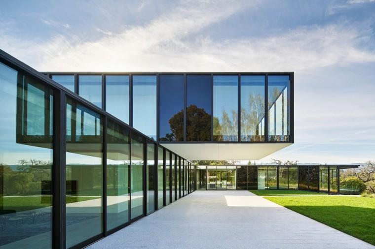 oz-by-stanley-saitowitz-natoma-architects-inc-960 (1)